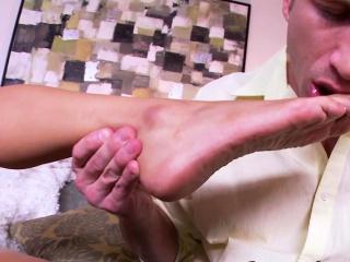Asian gets soles spermed