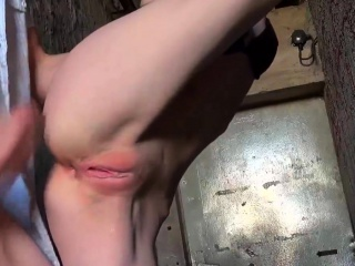 Big butt gf oiled up and anal try out in doggystyle at home