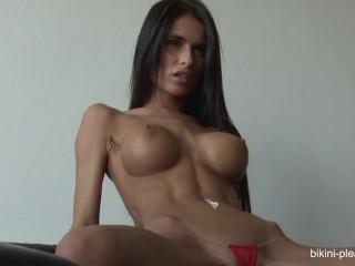 Nessa Devil amaaazing body